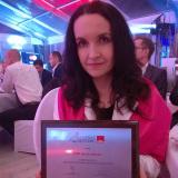 06-Anna-Sawon-z-dyplomem-eGazel-podczas-bankietu