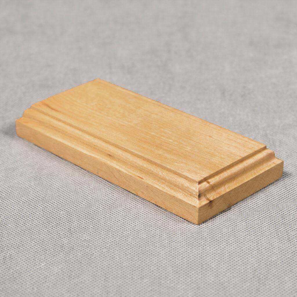 Drewniana podstawka